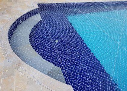 piscina2618067B3-E164-3CED-A932-1F6F4ED52424